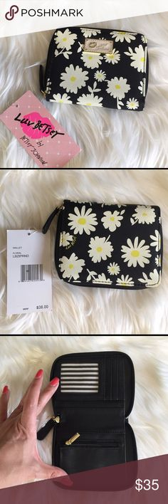 Betsey Johnson Floral Wallet cute Floral wallet by Betsey Johnson Betsey Johnson Bags Wallets