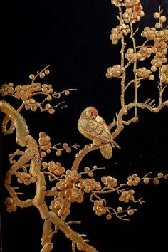 Koi Fish Discover Chinese Lacquer Gilt Five Panel Peacock Screen For Sale on - Dramatic Chinese five panel black lacquer screen featuring gilt decoration. The five graduating panels are adorned with scores of flora and fauna in moriage Chinese Painting, Chinese Art, Chinese Embroidery, Chinoiserie Wallpaper, Gold Art, Japan Art, Flora And Fauna, Art Furniture, Sculpture