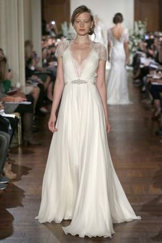 Jenny Packham Bridal fall 2013 - I might pinned this already, but it's such a gorgeous dress, don't mind pinning this twice