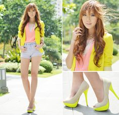 http://gaxxjoyeriatextil.blogspot.com/ Neons and Pastels (by Camille Co) http://lookbook.nu/look/3706501-Neons-and-Pastels