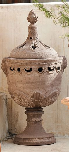 With details dating to the pre-Roman Etruscan period, our urn-shaped Sienna Planter brings the romance of authentic Tuscan design to your terrace.