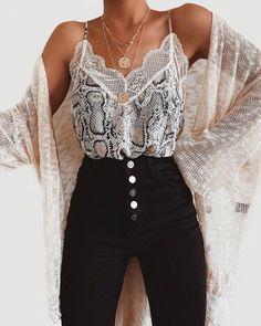 Cute Fashion Ideas That Make You Look Cool - Outfits - Mode Outfits, Trendy Outfits, Fashion Outfits, Sexy Casual Outfits, Travel Outfits, Fashion Boots, Fashion Ideas, Cute Fashion, Look Fashion