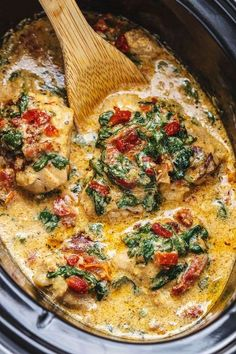 Garlic Chicken With Spinach and Sun-Dried Tomatoes Crock-Pot Tuscan Garlic Chicken - Creamy, packed with flavors and so easy to prep!Crock-Pot Tuscan Garlic Chicken - Creamy, packed with flavors and so easy to prep! Tuscan Garlic Chicken, Garlic Chicken Recipes, Crock Pot Tuscan Chicken, Keto Chicken, Crockpot Chicken Recipe With Cream Cheese, Chicken Cream Sauce, Crockpot Ranch Chicken, Chicken Crock Pot Meals, Crock Pot Dinners