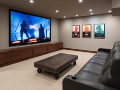 26 Cool Home Cinema Room Seating Ideas. Best Home theater seating ideas. Luxury and comfortable home cinema room seating ideas. Home Theater Room Design, Home Cinema Room, Home Theater Rooms, Home Theaters Pequenos, Basement Movie Room, Small Home Theaters, Media Room Design, Home Cinemas, Entertainment Room