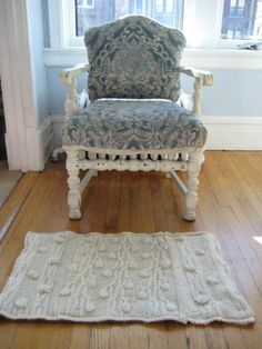 Sweater Rug Edited | Don't Throw Your Old Sweaters Out! Try These 18 DIY Projects With Them Instead