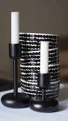 Marimekko and Iittala … my two favourite Finnish brands xx Nordic Home, Scandinavian Interior, Scandinavian Style, Marimekko, Black And White Interior, Nordic Design, All Modern, Decoration, Interior And Exterior