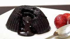 Eggless Molten Choco Lava Cake in Microwave - Chocolate Fondant Cake | M...