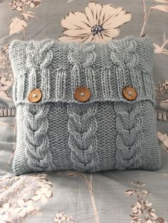 PATTERN Heartstrings cushion cover - envelope/button opening - superchunky/superbulky yarn - easy to intermediateHeartstrings cushion cover Knitting pattern by The Lonely Sea - Heather Cpatio chair cushions clearance uk Click VISIT link above to read Hand Knitting, Knitting Patterns, Sewing Patterns, Crochet Patterns, Stitch Patterns, Simple Knitting, Loom Knitting, Knitting Ideas, Knitted Cushion Covers
