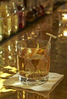 Peek Inside The Polo Bar, Ralph Lauren's Stunning, Handsome New Restaurant Slideshow - Bon Appétit Bourbon Old Fashioned, Old Fashioned Drink, Old Fashioned Recipes, Old Fashioned Cocktail, Brandy Old Fashion Recipe, Old Fashion Drink Recipe, Easy Cocktails, Cocktail Recipes, Drink Recipes