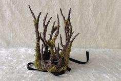 Kleine takkenkroon met mos boomimitatie van TheaterDidymus op Etsy