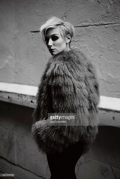 elizabeth-debicki-is-photographed-for-interview-magazine-on-april-6-picture-id527315778 683×1,024 pixels
