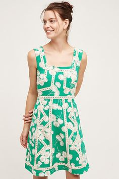 Love this dress, would be so cute paired with a cream or white jacket or sweater. It's currently on sale!
