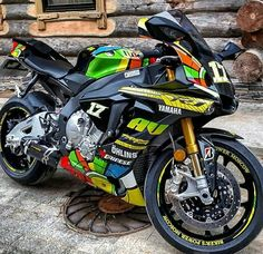R1 Vale Edition 2015