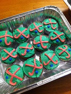 Field Hockey cupcakes for end of the year awards dinner.