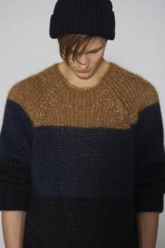 Rustic crew-neck: A/W 14/15 men's knitwear - Graphic Stripes // Marni AW 11-12