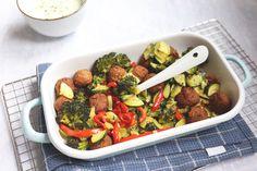 Koolhydraatarme recepten, de allerlekkerste vind je hier - Lekker en Simpel Tzatziki, Albondigas, Lunches, Broccoli, Creme, Food And Drink, Keto, Pasta, Vegetables