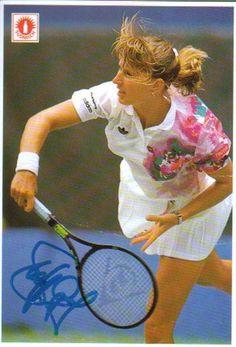 Steffi Graf, Tennis World, Match Point, Queen Of Hearts, Tennis Players, Tennis Racket, Sports Women, Soccer, Woman