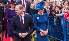 Thousands of fans were on hand to welcome and cheer on the royals as they arrived at the official welcome ceremony. Kate looked chic as ever in a royal-blue Jenny Packham dress with the Queen's maple leaf brooch.<br><br>Photo: © Ben Nelms/Canadian Heritage