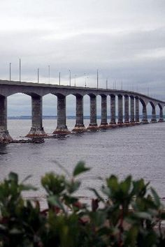 Confederation Bridge - Prince Edward Island and Cape Jourimain, New-Brunswick, Canada New Brunswick, Places To See, Places Ive Been, Atlantic Canada, Visit Canada, Pedestrian Bridge, Prince Edward Island, Covered Bridges, Castles