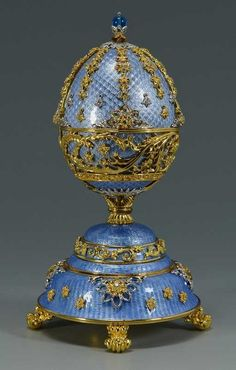 Lot: Franklin Mint Faberge Egg, Lot Number: 0795, Starting Bid: $200, Auctioneer: Case Antiques, Inc. Auctions & Appraisals, Auction: Summer Antiques & Fine Art Auction, Date: July 19th, 2014 PDT