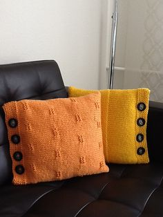 Ravelry: Project Gallery for Basic Pillow pattern by Leigh Radford