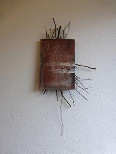 https://flic.kr/p/oKbGYC | story, in between | book cover with twigs, wire, yarn, paint.   Geschichte, dazwischen. Buchdeckel, Zweige, Draht, Garn, Farbe