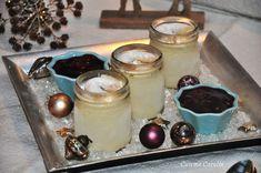 Ein leckeres Rezept für die Weihnachtszeit: Vanillekipferlparfait mit Glühwein-Kirschen. Ein schnelles Dessert zu Weihnachten.