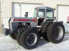 WHITE 2-155 FWD Antique Tractors, Vintage Tractors, White Tractor, Minneapolis Moline, Allis Chalmers Tractors, Big Tractors, Tractor Pulling, Train Truck, Classic Tractor
