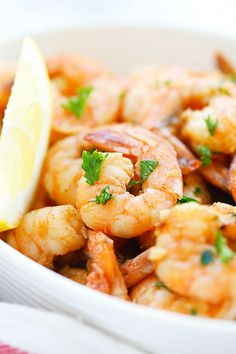Lemon Garlic Shrimp - easiest and best shrimp recipe with lemon, garlic, butter, and shrimp, all ready in 20 mins. Perfect as appetizer or with pasta.