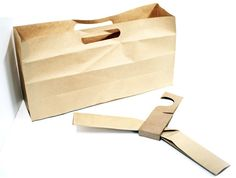 Un cintre en carton façon origami   MarcelGreen.com. fond utilisable