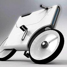 A bicicleta, sempre presente na sociedade actual, pouco mudou na sua estrutura base em mais de duzentos anos de história. Desempenhando um papel de extrema importância, foi e é mais que um mero meio de transporte. A preservação dos modelos clássicos mantém-se, mas a corrida aos modelos Hi-Tech é fervorosa. Novos materiais, designs e gadgets para todos os gostos.