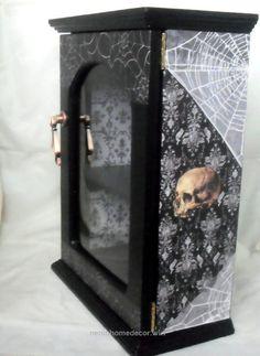 Gothic Jewelry Box Diy Gothic Display Cabinet - Gothic Home Decor - Skull Decor - Gothic Furniture, Furniture Decor, Painted Furniture, Gothic Interior, Gothic Home Decor, Interior Design, Home Decor Accessories, Decorative Accessories, Skull Decor