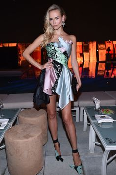 15 November Natasha Poly chose a colourful printed dress from the collection for the event.