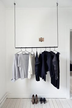 Find in this gallery the best industrial style closet designs for your bedroom.