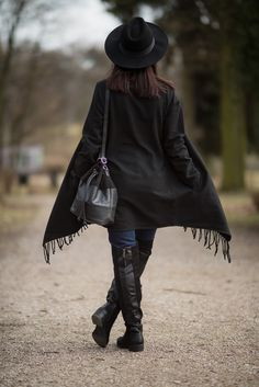#hat #boho #bohemian #tassels #fringes #fashion #outfit #inspiration