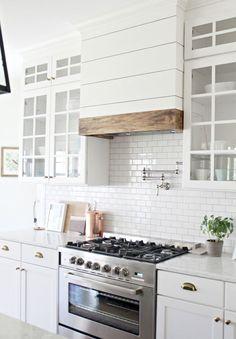60 fancy farmhouse kitchen backsplash decor ideas (10)