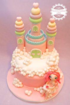 02 Princess castle cake