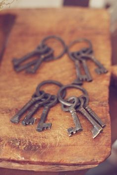 old keys - very cool - part of centerpieces?