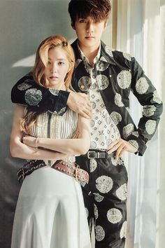 Find images and videos about kpop, exo and sehun on We Heart It - the app to get lost in what you love. Seulgi, Irene Red Velvet, Exo Red Velvet, Baekhyun, Sehun Irene, Kpop Couples, Posing Couples, Kim Minseok, Daniel Henney