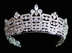 British Royal Tiaras and Crowns | Check out our Royalty board, or simply follow ALL our Luscious boards ...