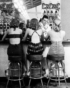 Bar Stool Chat Ninaleen HouseOfHearts Sisterjane Moodboard