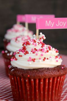 Valentine's Day? Are you a lover or a hater? No matter which side you are on, you will love my Super Easy Red Velvet Cheesecake Cupcakes.