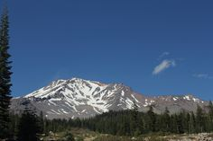 The mysterious Mt Shasta, California | chescaislost