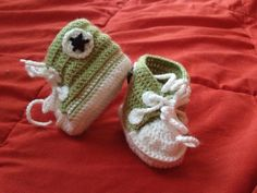 Baby converse crochet