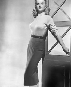 Can you imagine? Thank God the pointy bra has gone away. 1950's fashions. Sweater Girls and Bullet Bras #bulletbra #secretsinlace