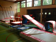 Kids Gym, Physical Education, Sport, Ideas, Deporte, Physical Education Lessons, Excercise, Physical Education Activities, Sports