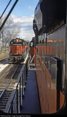 High quality photograph of Chicago, Milwaukee, St. Paul & Pacific EMD # MILW 130 at Watertown, Wisconsin, USA. Jet Ski, Train Info, Old Steam Train, Old Train Station, Railroad Pictures, Milwaukee Road, Union Pacific Railroad, Railroad Photography, Train Pictures