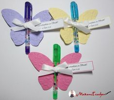 Butterfly favors using gel pens Homemade Gifts, Diy Gifts, Party Gifts, Tea Party, Butterfly Birthday, Butterfly Party Favors, Creation Deco, Church Crafts, Butterfly Crafts