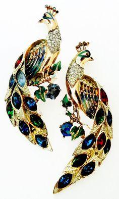 Vintage Signed Coro-Craft Peacock Fur-Clip Pin | Jeweldiva