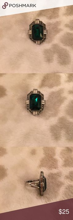 Chloe and Isabel Emerald Cocktail Ring Only worn a handful of times, in great shape! Chloe + Isabel Jewelry Rings